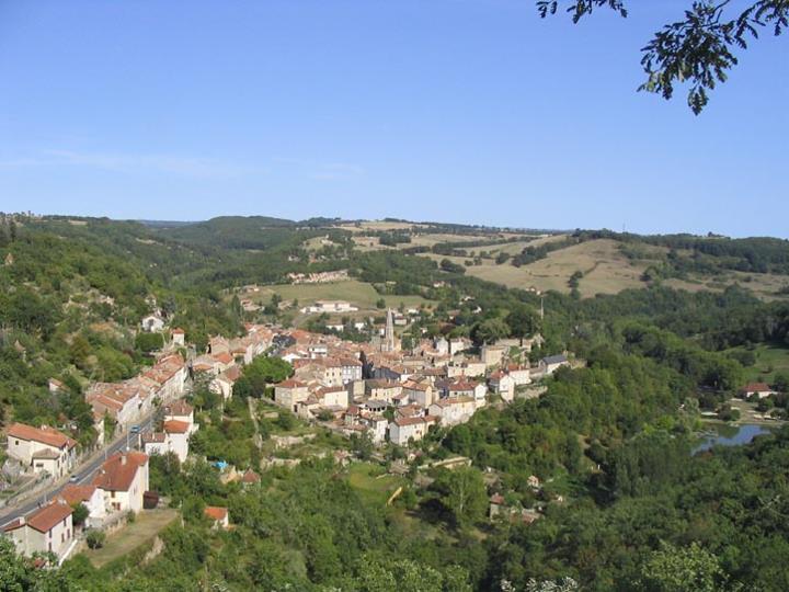 Connaissez-vous Caylus 82160: un village du Pays Midi Quercy?