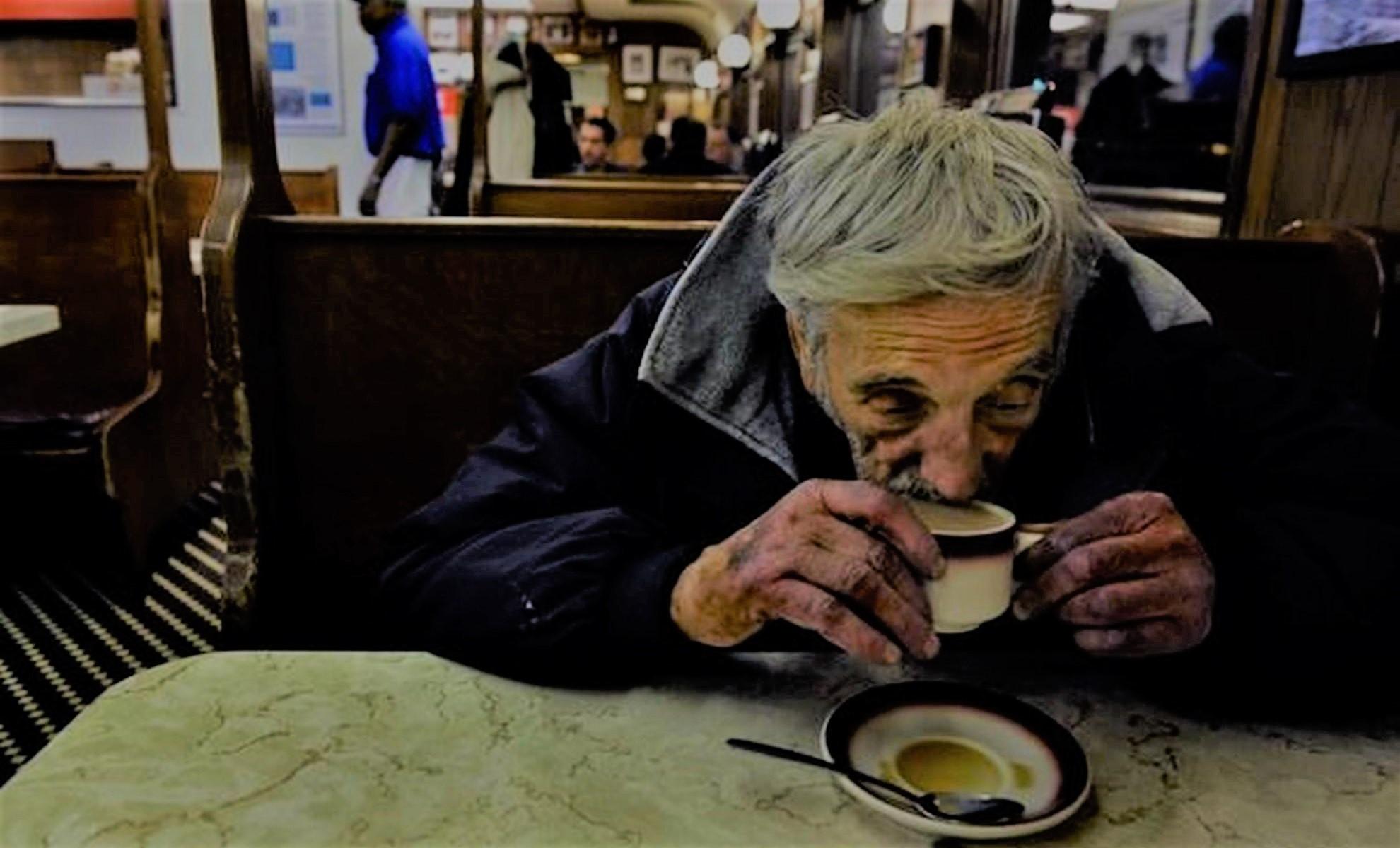 L'histoire du « café suspendu » se partage massivement sur facebook !